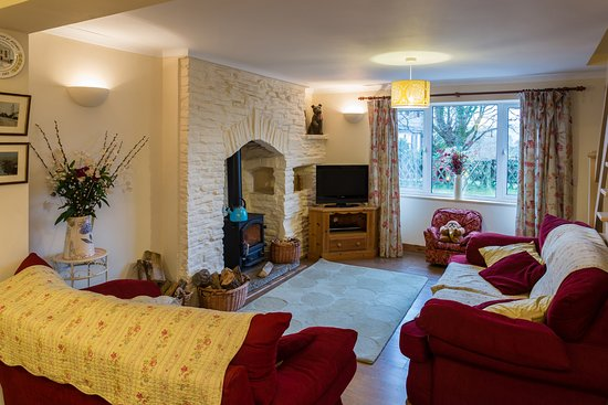 Pontardawe, UK: Lounge & wood burner No 2
