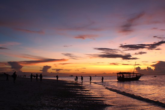 DoubleTree by Hilton Resort Zanzibar - Nungwi: ...sunset at end of day
