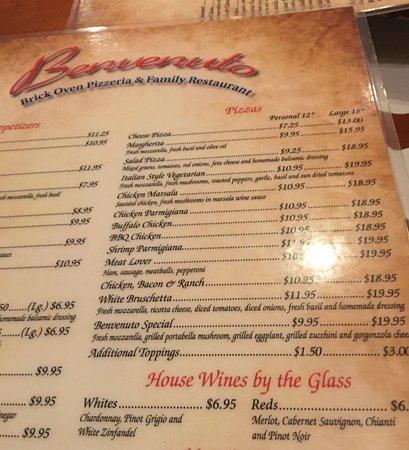 Benvenuto Pizza Restaurant: photo1.jpg