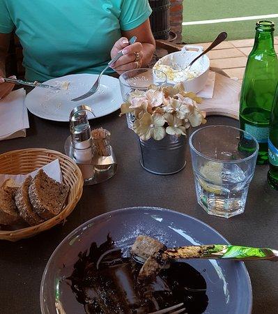 Nagykanizsa, Hungría: Fogy a csusza... Gundel a palacsinta.