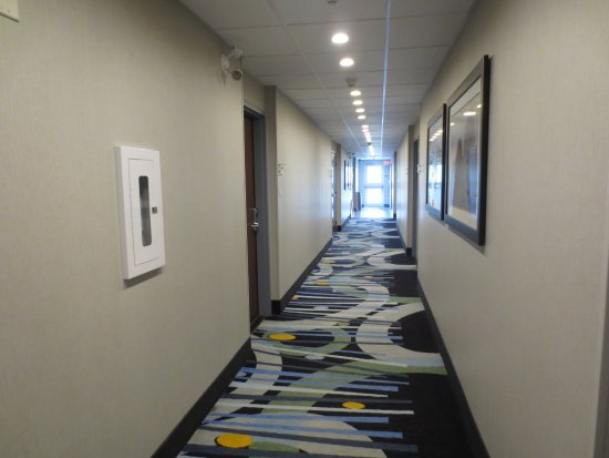 Woodstock, Canada: Bright clean hallways.