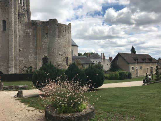 Meung-sur-Loire, Francia: Autre vue extérieure du château