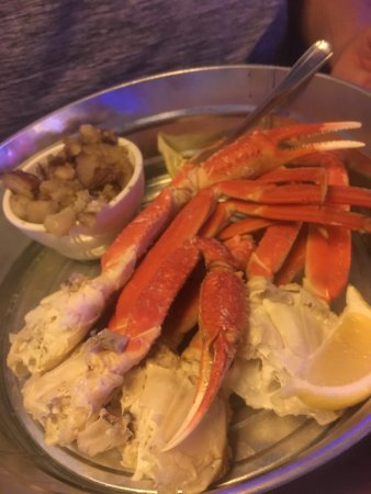 Lawrenceville, Georgien: Crab legs and potatoes