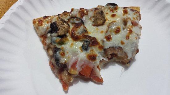 Bob & Tony's Pizza: 20170811_152718_large.jpg