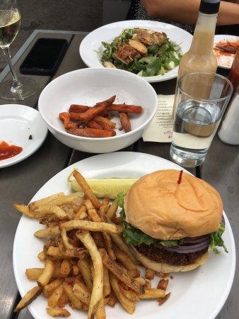 Burger Up, Nashville - 970 Woodland St - Restaurant Reviews