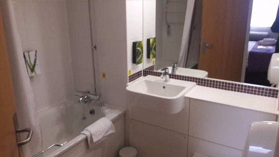 Woolsington, UK: Bathroom