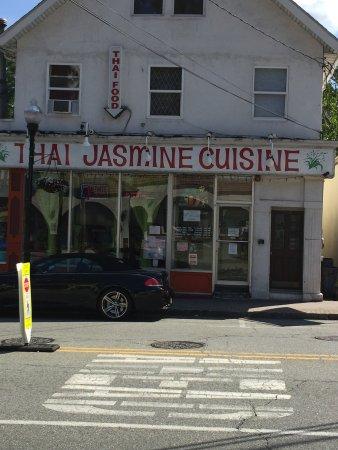 Thai jasmine cuisine bloomingdale restaurant reviews for Jasmine cuisine