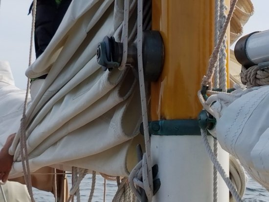 Rockport, ME: sails to be raised