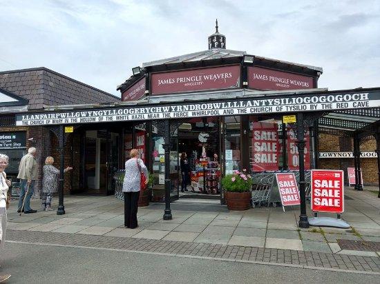 Llanfairpwllgwyngyll, UK: Llanfair