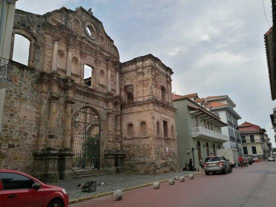Casco viejo foto de casco viejo cidade do panam - Casco antiguo de lisboa ...