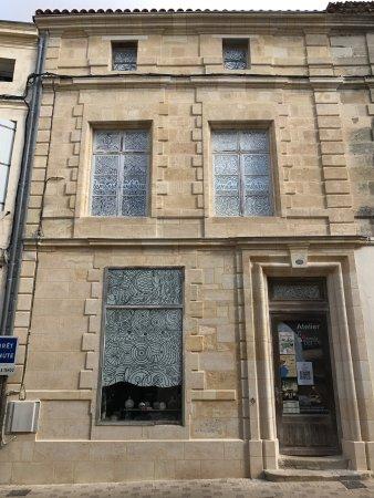 Bourg, Γαλλία: Atelier lesmainsdanslaterre