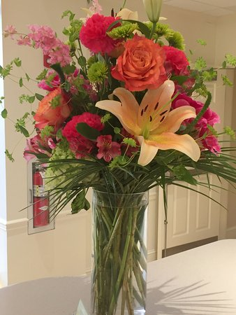Hilton Garden Inn Kennett Square: Front Desk Floral Arrangement   I Thought  Someone Was Celebrating