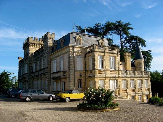 Chateau de grand branet capian france voir les tarifs for Tripadvisor chambres d hotes