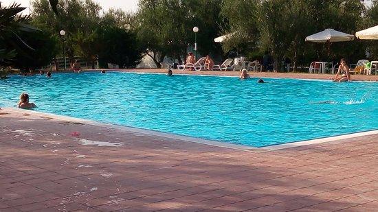 Piscina Dopo Le 18 00 Picture Of Giardino Degli Ulivi Resort Spa Margherita Di Savoia Tripadvisor