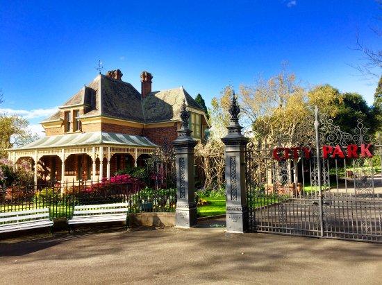 Launceston, Australia: Entrance