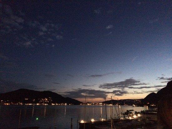 Predore, Italy: Panorama meraviglioso dalla terrazza del ristorante