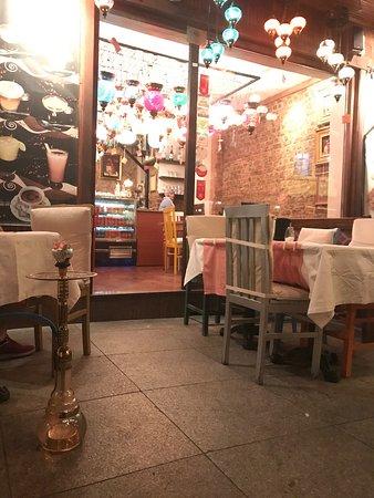 Cafe Rumist: photo1.jpg