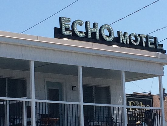 Echo Motel & Oceanfront Cottages Photo