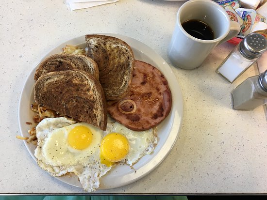 Penny's Diner: Classic Breakfast with Ham