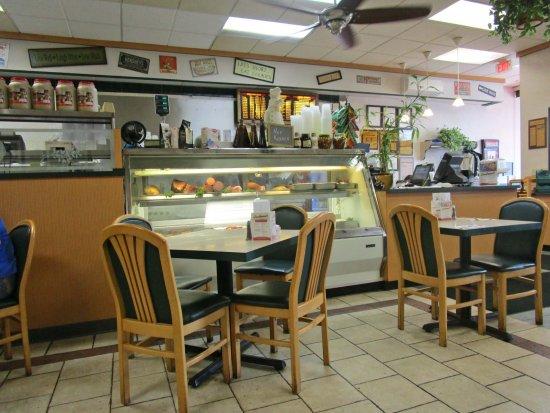 Berkeley Heights, NJ: Goodman's Deli & Restaurant