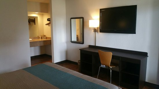 Hamilton, Алабама: Econo Lodge Inn & Suites
