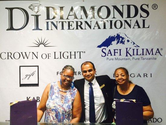 Diamonds International: received_10155107250143773_large.jpg