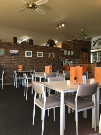 Deloraine, Australien: Inside dining