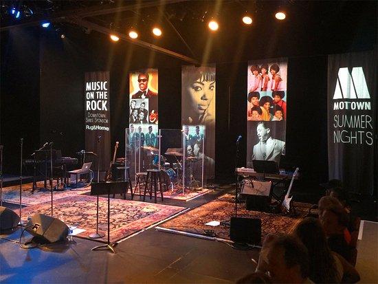Hendersonville, NC: Flat Rock Playhouse Main Show Room