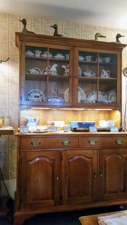 Haan's 1830 Inn : Hot items for breakfast.