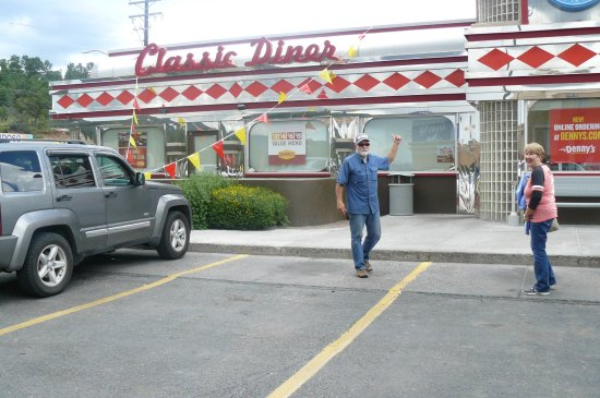 Ruidoso Downs, Νέο Μεξικό: Denny's Open 24 Hrs-This is the place to eat in Ruidosa!