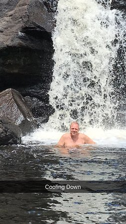 East Haddam, CT: Such a fun waterfall.  Bring suit and shoes