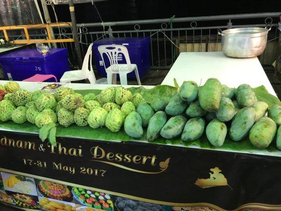 how to go asiatique bangkok