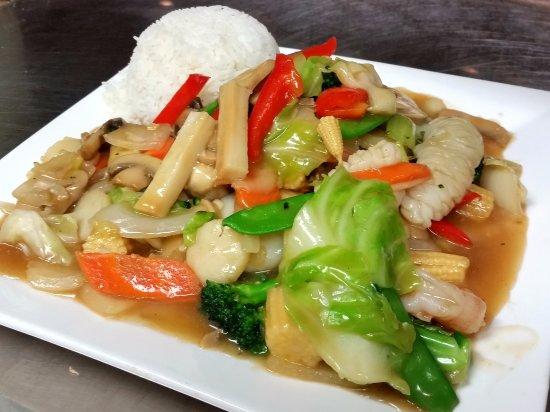 Hanford, CA: Seafood Chop Suey