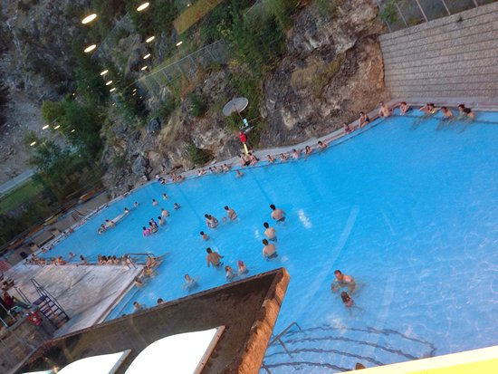 Radium Hot Springs, Canada: photo2.jpg