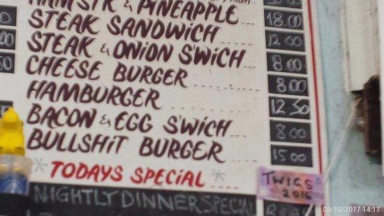 Barrow Creek, Australia: Bullshit Burger on the Menu