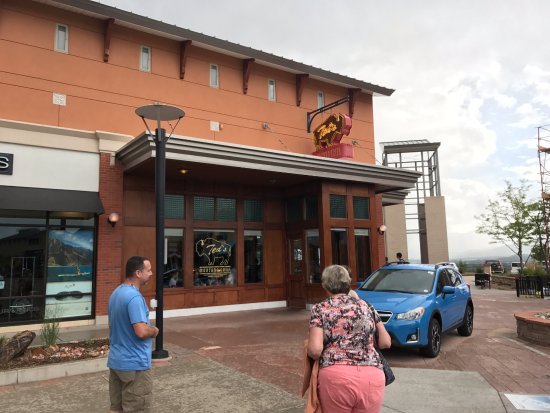 Ted's Montana Grill: Store front