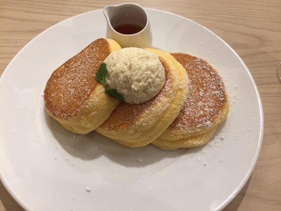 Great Pancakes Review Of A Happy Pancake Yokohama Chinatown