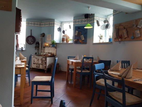 Kik Küche Im Keller Gera | Liebevoll Eingerichtet Bild Von Kik Kuche Im Keller Gera