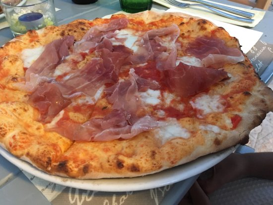 Selva, Italy: Lovely place for dinner , amazing pizza and reasonably priced - great restaurant