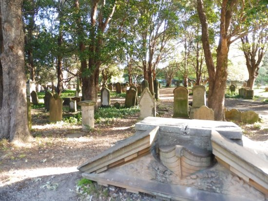 ‪Camperdown Cemetery‬