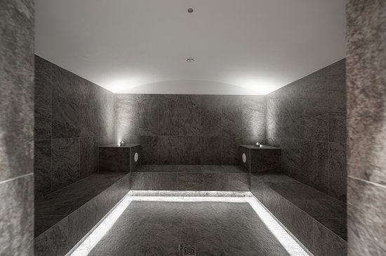 Bagno turco - Dampfbad - Picture of Hotel Gerstgras, Senales ...