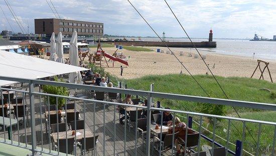 Cafe mit Strandbad an der Weser - Picture of Strandcafe ...