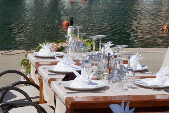 Vrboska, Kroatien: Nice location by the water.