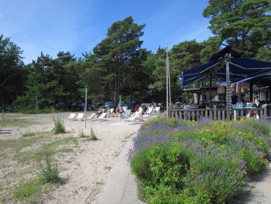 Ljugarn, Sweden: Outdoor seating area