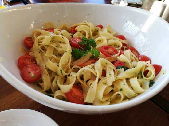 West Orange, NJ: Manor Pasta