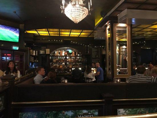 The Liffey Irish pub: photo0.jpg