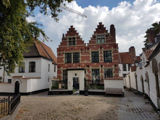 Begijnhof St Elisabeth (St. Elisabeth House): Begijnhof