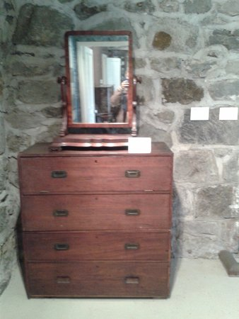 New Plymouth, New Zealand: Chest of drawers