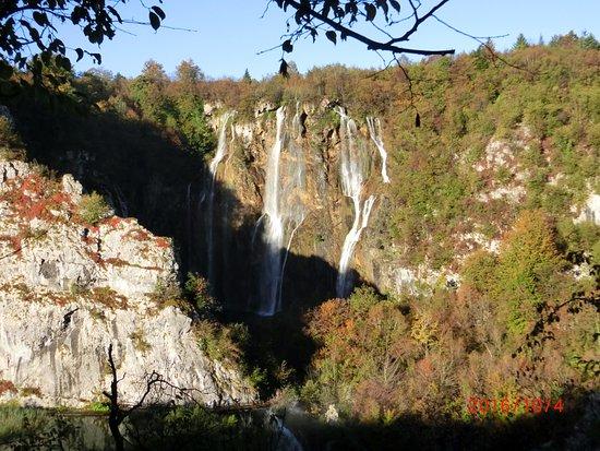 Veliki Slap : メインの大滝