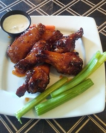 Plainville, CT: Sweet Chili wings